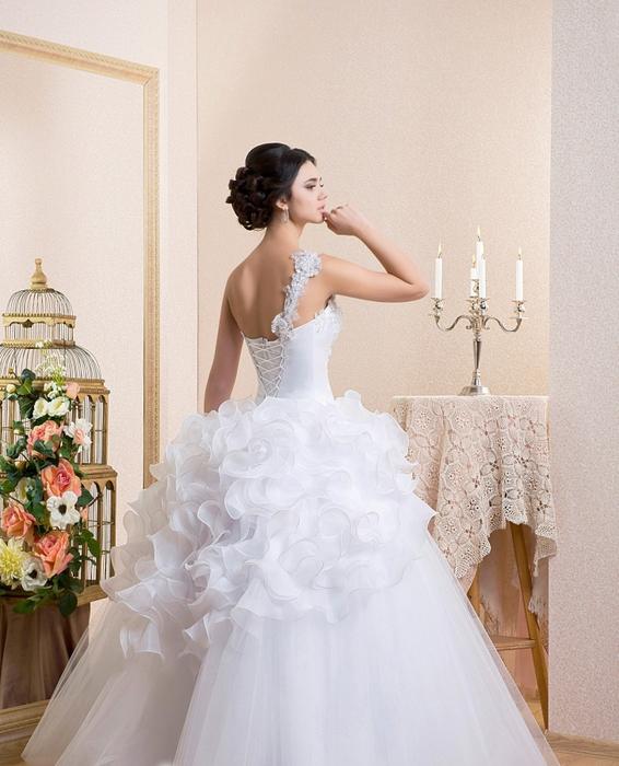 знакомства в свадебном салоне