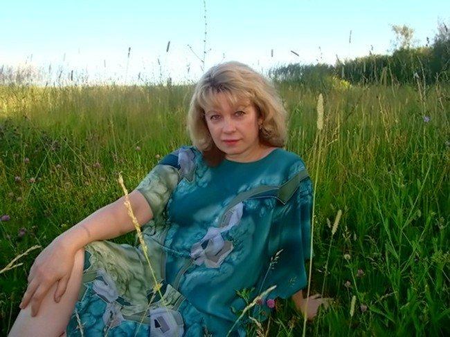 Зрелая русская жена дома — img 10