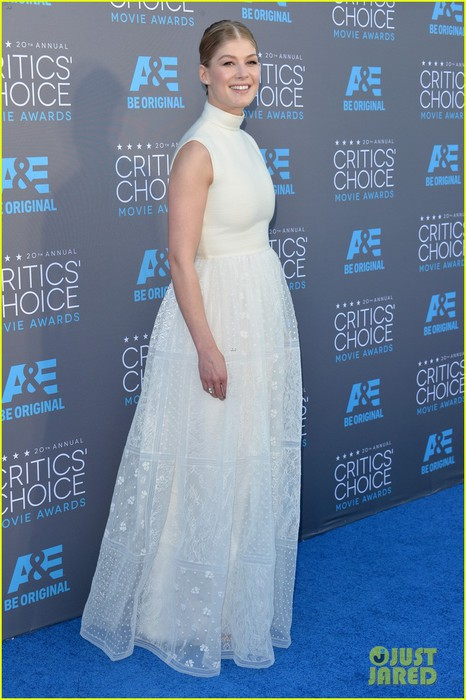 rosamund-pike-critics-choice-movie-awards-2015-05 (466x700, 92Kb)