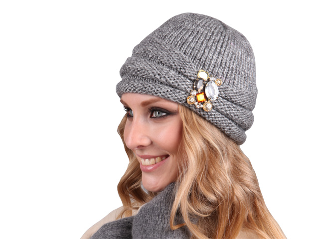 Albatrosszone купить шапку женскую с ушками