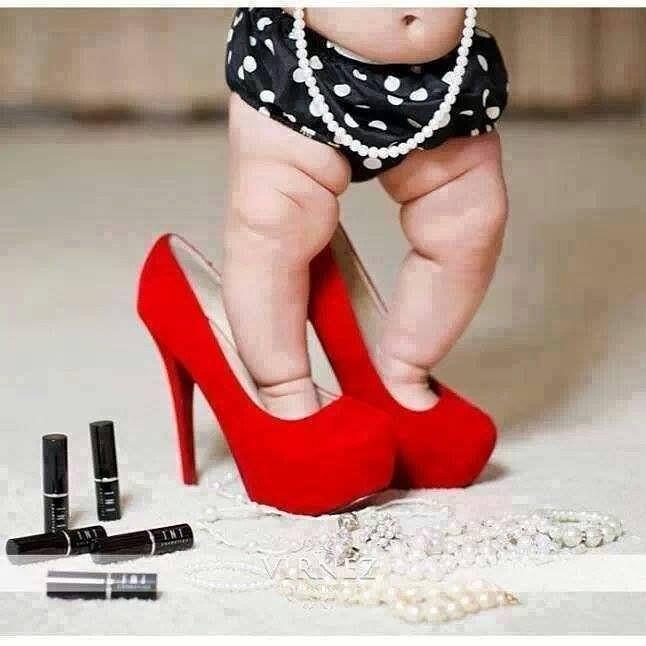 Ужасно Хочется Красных Туфель И Похудеть. Полозкова ужасно хочется красных туфель и похудеть килограммов...
