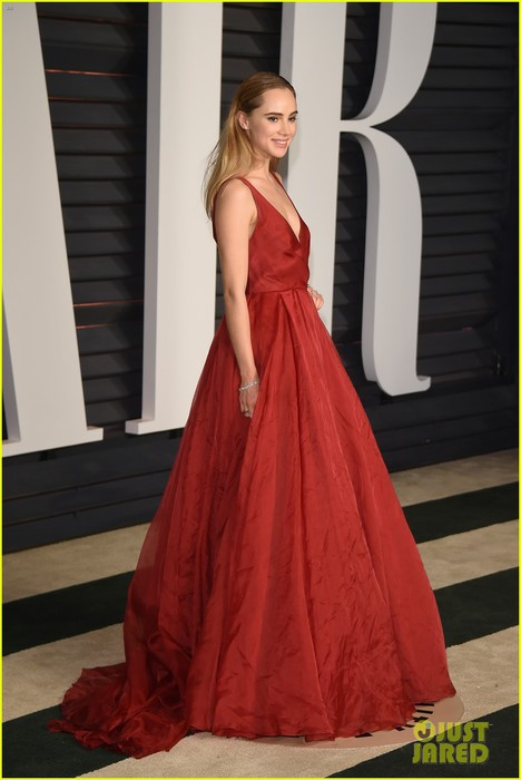 suki-waterhouse-attended-oscars-2015-with-bradley-cooper-05 (468x700, 61Kb)