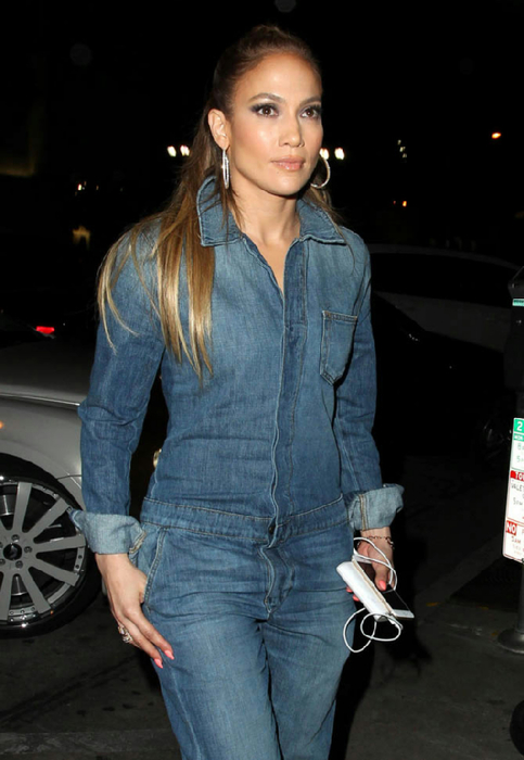jennifer-lopez-denim-13mar15-01 (483x700, 251Kb)