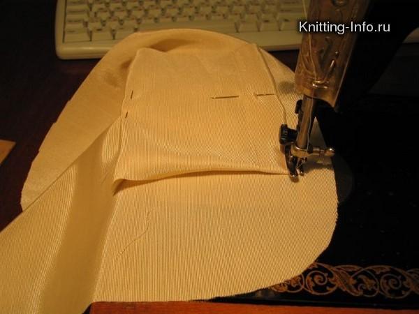 Пришиваем получившийся верх сумки к бочкам и открытым краям решётки.