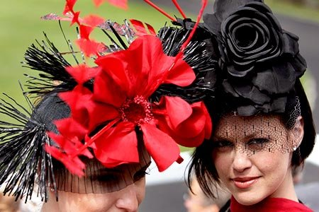 Шляпы одно из самых женственных туалетов девушк.  RE: cama-1