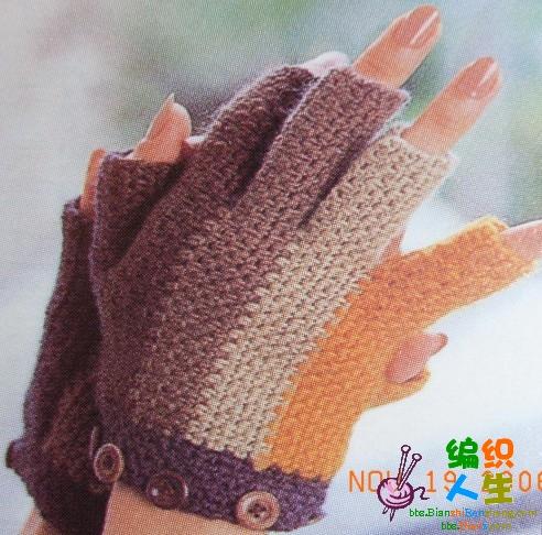 вяжем перчатки спицами.