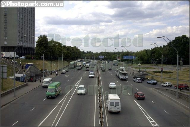 pdrm0005-kiev-view-road-prospekt_pobedy-from_bridge_berestey 000369 (640x428, 47Kb)