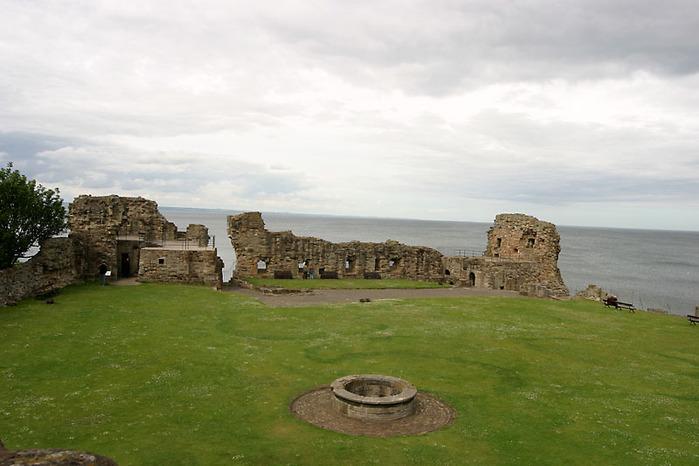 Руины европейских замков (699x466, 91Kb)