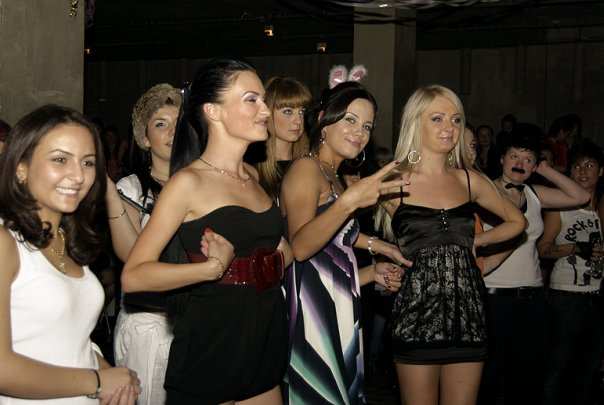 Клуб лесби в москве, секс с красоткой ролики