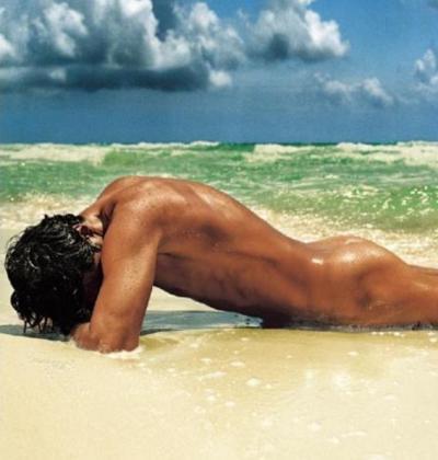 Красивые голые парни на пляже Частное фото 75