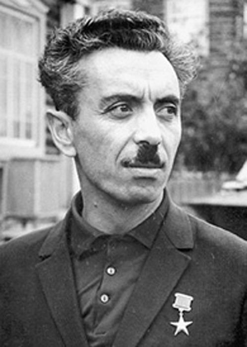 Акоев Владимир Акоевич