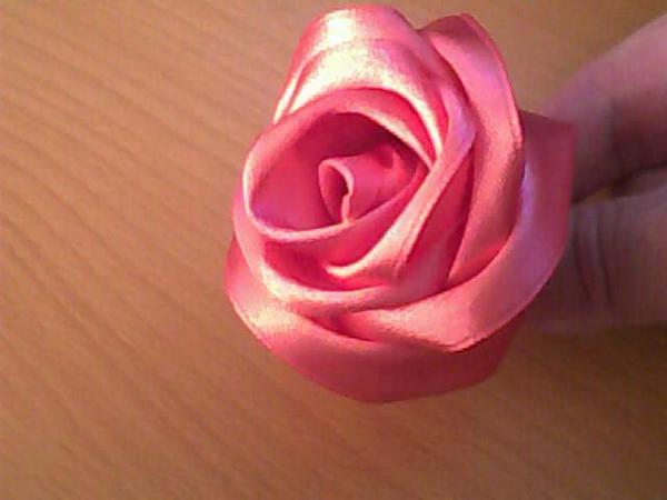 Красивая роза из атласных лент.  МК.  Без заголовка 1057.