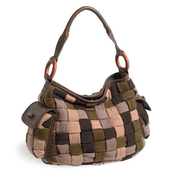 Подборка креативного исполнения сумок из разнообразных материалов. из...