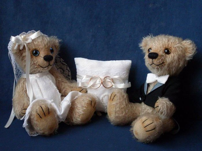 Милые и забавные мишки Тедди станут замечательным подарком.