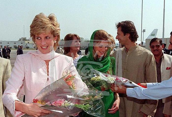 доктор фото и пакистанский диана