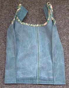 хозяюшка. темы.  Мастер-класс по пошиву сумки из старых джинсовых штанов.