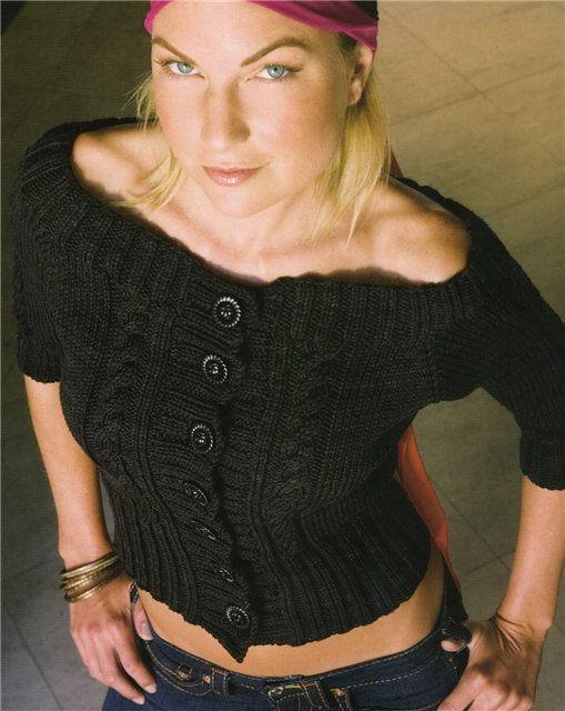 вязание спицами короткого кардигана для женщин.