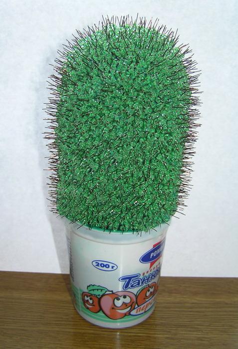 Как сделать кактус из бисера своими.