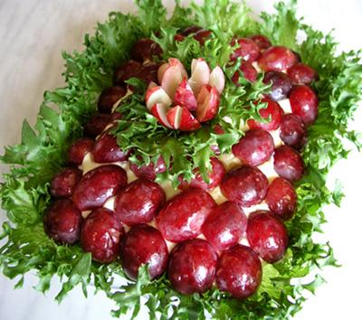 Но, если информация про красивый салат показалась.