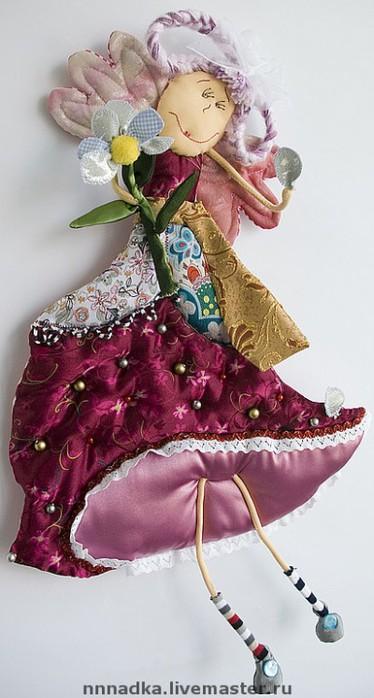 Текстильная кукла для романтичных особ, перед которыми стоит проблема...