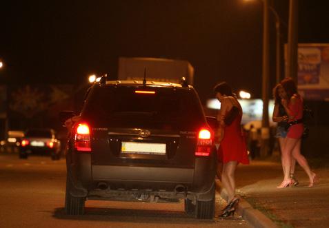 Снял проститутку в ростове на трассе где снять проституток в твери