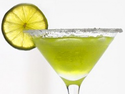 Алкогольные коктейли.  Мнений о рецепте 0. куантро - 1 часть мидори - 1...