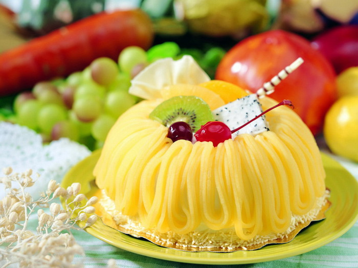 http://img0.liveinternet.ru/images/attach/c/1/63/920/63920037_Food_Cakes_and_Sweet_On_sweet_020555_.jpg