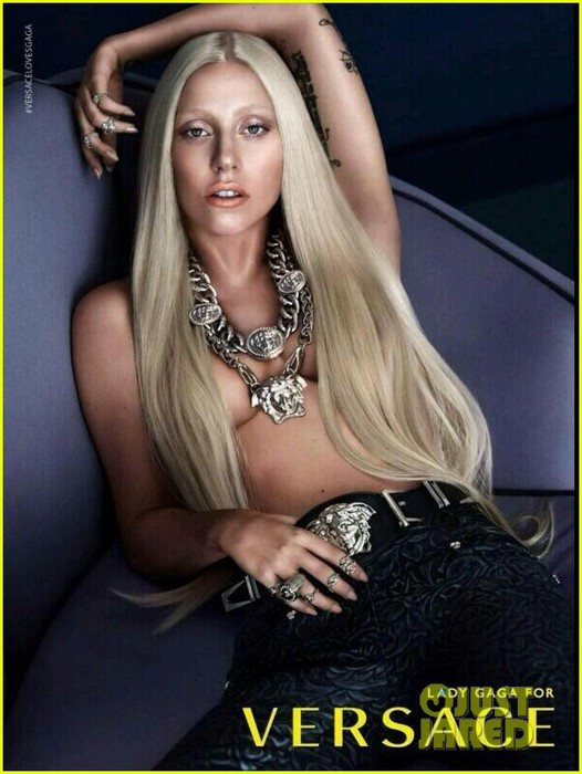 lady-gaga-topless-versace-ad-see-the-pic-01 (526x700, 85Kb)