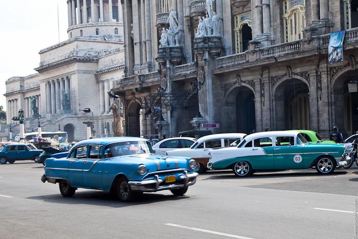 cuba_cars-10 (700x467, 207Kb)
