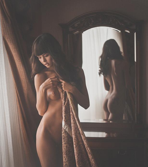 Домашний эро фотосет в зеркале — 2