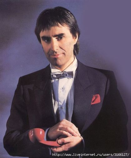 Chris De Burgh_1986 (419x507, 80Kb)