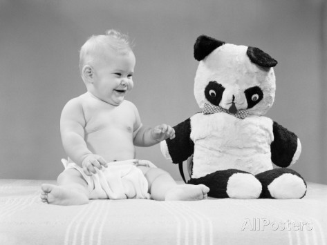h-armstrong-roberts-baby-sitting-next-to-stuffed-panda-bear-toy-smiling-and-laughing (473x355, 26Kb)