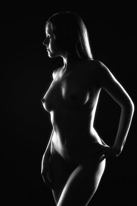 видно фотоотчета, черно-белые картинки голых женских тел другие