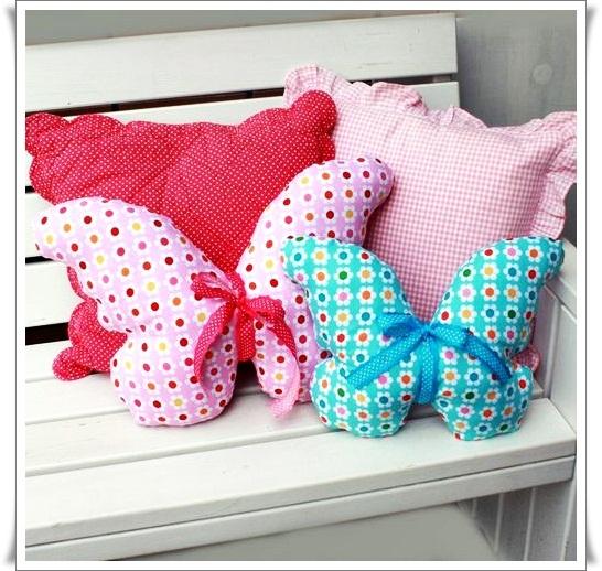 Подушки декоративные с бабочками
