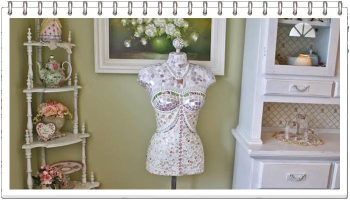 Платье-футляр из ... битого кафеля/3518263_lola (700x400, 357Kb)