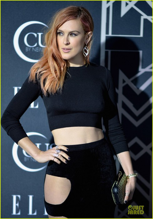 rumer-willis-cutout-dress-is-sexy-at-elle-music-celebration-08 (489x700, 76Kb)