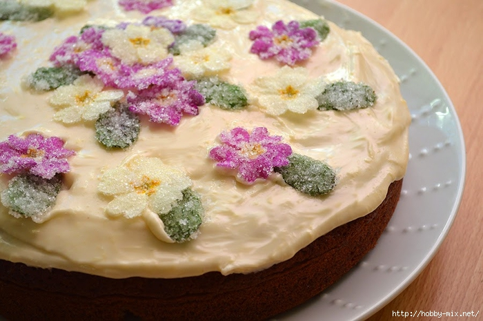 cake-with-flowers (700x465, 245Kb)