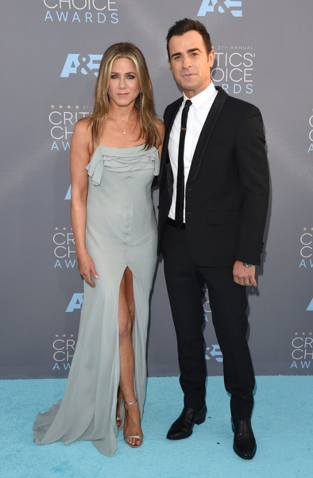 Jennifer-Aniston-Justin-Theroux-Critics-Choice-2016 (457x700, 172Kb)