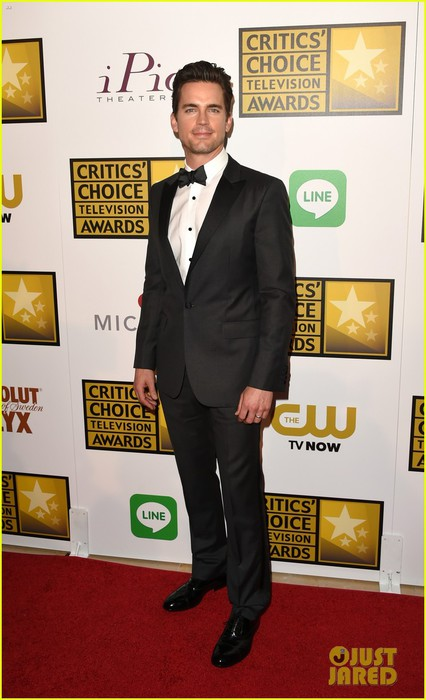 matt-bomer-critics-choice-tv-awards-02 (426x700, 74Kb)