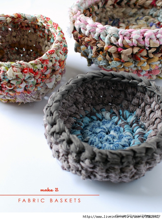 the-red-thread-fabric-crochet-baskets (515x700, 273Kb)