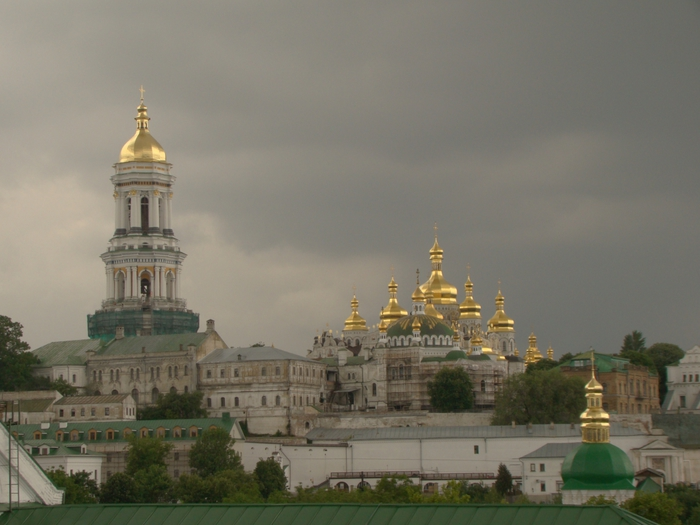 3418201_2012_05_17__KyivLavra_Pechersk_UNESCO_World_Heritage_Paul_V__lashkevichDSC06666___72718513_1_ (700x525, 212Kb)