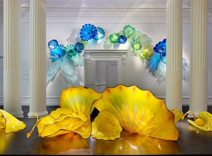 Dale_Chihuly_glass_art_1 (700x515, 343Kb)
