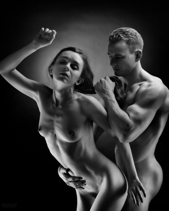 Картинки про голых мужиков и женщин
