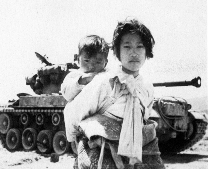 Korean_War_Korean_civilians-ca1951 (700x571, 209Kb)
