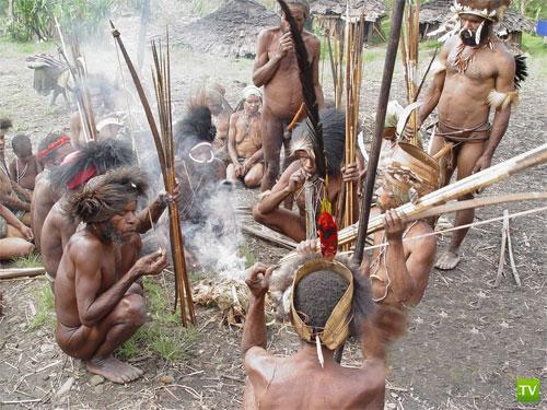 10 шокирующих сексуальных ритуалов девственниц племени экваториальной африки направляют