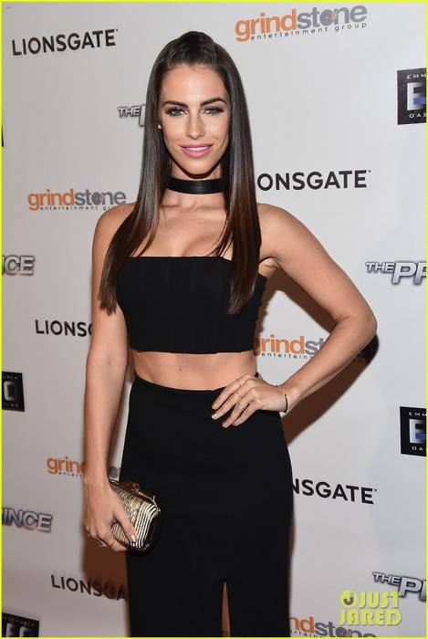 jessica-lowndes-the-prince-hollywood-premiere-05 (469x700, 62Kb)
