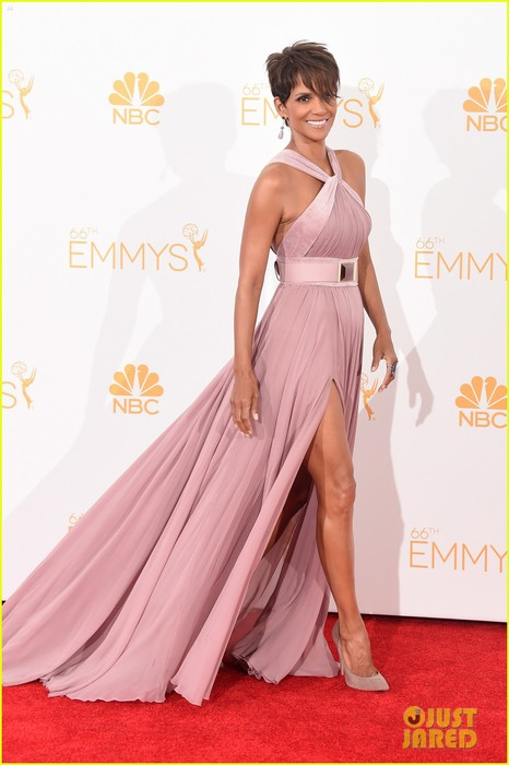 halle-berry-emmys-2014-05 (466x700, 66Kb)