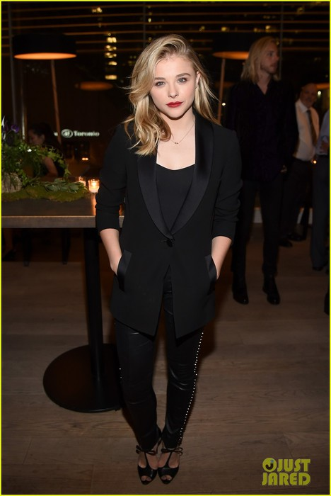 chloe-moretz-ansel-elgort-carrie-tiff-party-2014-04 (468x700, 57Kb)