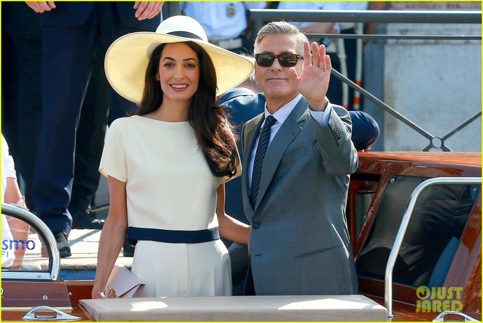 george-clooney-wife-amal-alamuddin-civil-ceremony-03 (700x468, 91Kb)