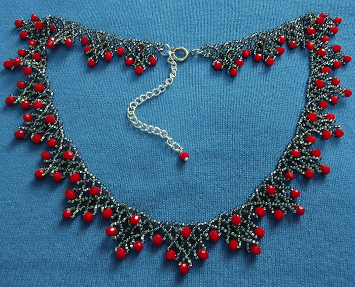 free-beading-pattern-necklace-tutorial-17 (700x567, 570Kb)